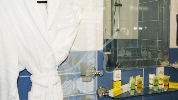 гостиница Москва - фото ванной комнаты