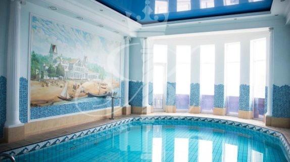 Отель «Гранд Палас» крытый бассейн