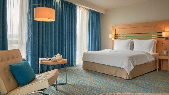 Гостиница «Radisson Blue Hotel» фото 2