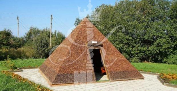 фото янтарная пирамида